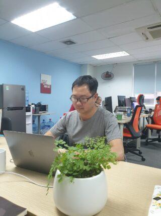 【社内インタビュー】プロセス品質管理のマネージャー・DEHAで最も多くの資格を保有する技術者!