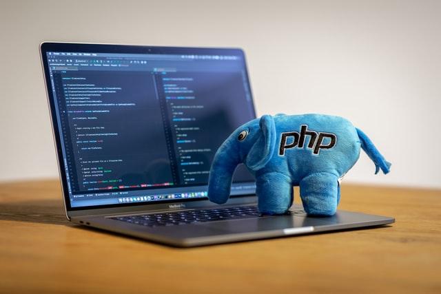 【徹底説明】PHP WebフレームワークLaravelバージョン 8対応版の機能・変更した点