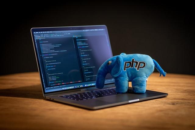 【2021年最新版】Web開発のため上位5の便利なPHPフレームワーク